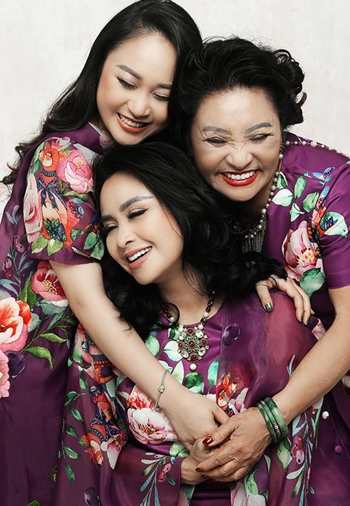 Khoanh khac hanh phuc cua Thanh Lam ben con gai-Hinh-12