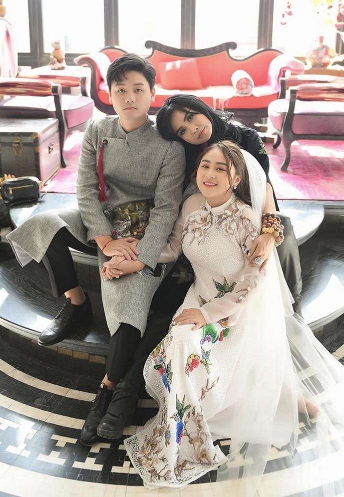 Khoanh khac hanh phuc cua Thanh Lam ben con gai-Hinh-7