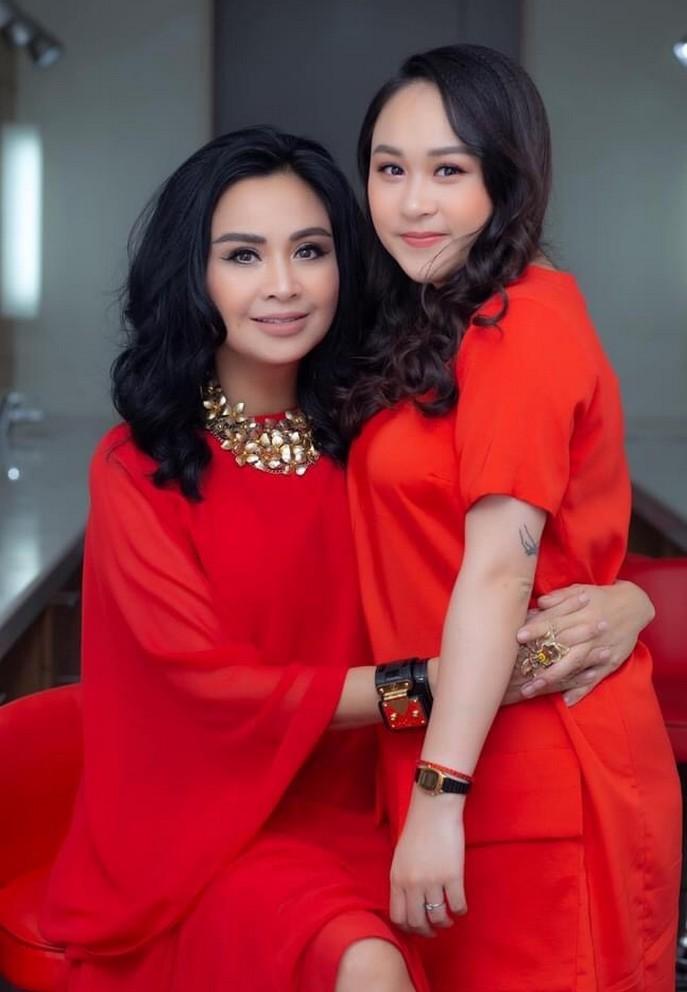 Khoanh khac hanh phuc cua Thanh Lam ben con gai-Hinh-9