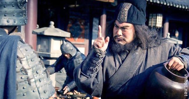 Truong Phi het lon, Ha Hau Kiet vo mat ma chet la hu cau?