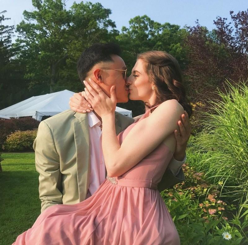 Tình yêu của chàng trai gốc Việt và cô gái Mỹ liệt nửa người Tinh-yeu-cua-chang-trai-goc-viet-va-co-gai-my-liet-nua-nguoi-hinh-4