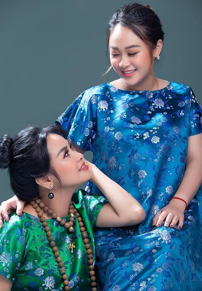 Khoanh khac hanh phuc cua Thanh Lam ben con gai-Hinh-4