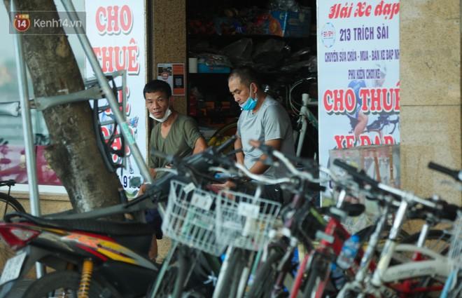 Nguoi Ha Noi do xo di thue xe dap, tieu thuong kiem tien trieu moi ngay-Hinh-8