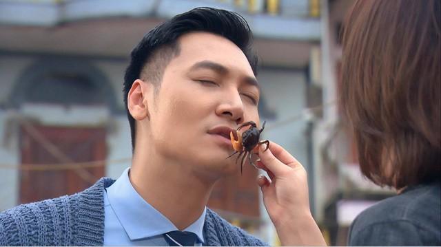 Phuong Oanh am anh canh Manh Truong bi cua quap moi-Hinh-2