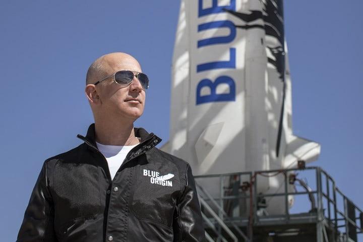 Ve bay len vu tru cung Jeff Bezos duoc tra gia 4 trieu USD