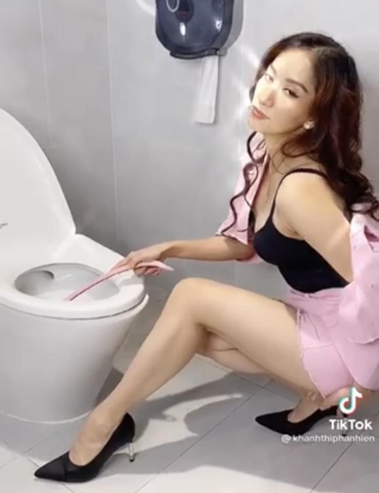 Bi chong che o nha loi thoi, Khanh Thi - Thanh Thao len do cuc gat