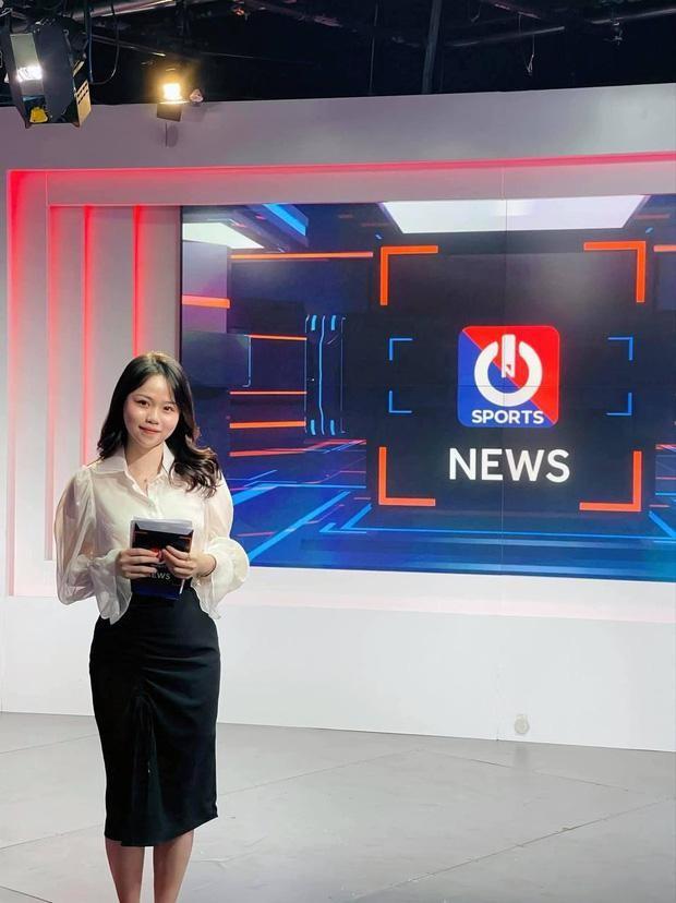 Huynh Anh khoe lam MC, me nuoi Quang Hai phan ung bat ngo