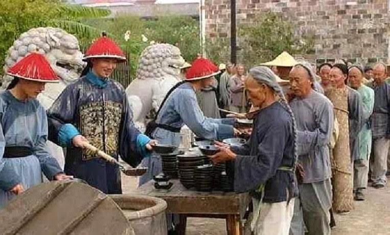 Tai sao Hoa Than boc cat bo vao chao cuu nan duoc Can Long trong thuong?-Hinh-4