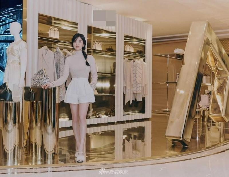 Song Hye Kyo dep ngo ngang tuoi 40, khong ho