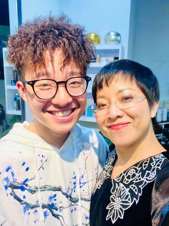 Con trai MC Thao Van khuyen me nen nghi den viec lay chong-Hinh-2