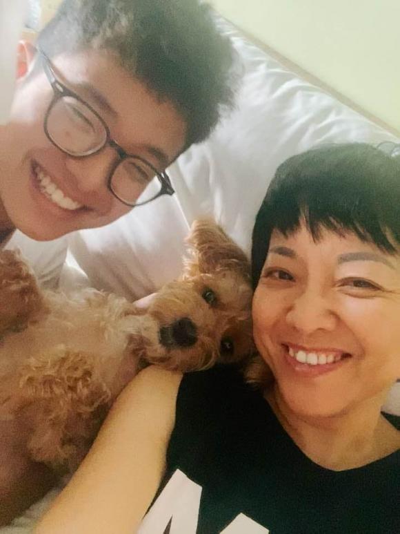 Con trai MC Thao Van khuyen me nen nghi den viec lay chong