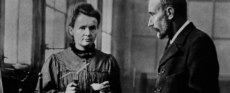 Ngoi mo ky la cua Marie Curie: Quan tai duoc lot lop chi day 2cm