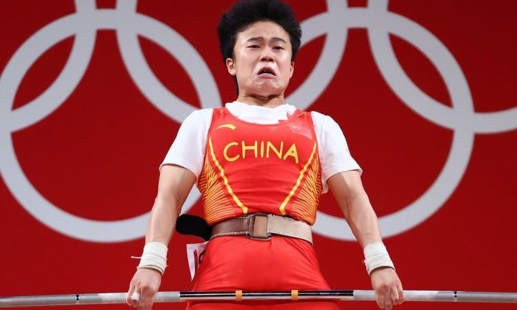 Nguoi Trung Quoc noi gian vi nha vo dich Olympic bi chup anh xau