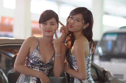 Nhan sac H'Hen Nie, Ngoc Trinh, Huyen My thoi con lam PG-Hinh-10