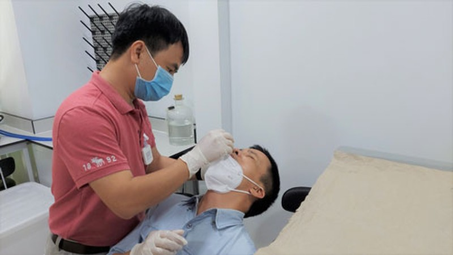 Cach su dung kit test SARS-CoV-2 tai nha-Hinh-3