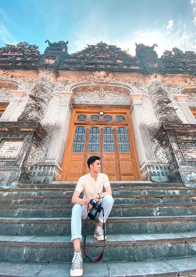 Le Tien Huy – Chang photographer tre luon khat khao cong hien cho thanh pho Cang-Hinh-4