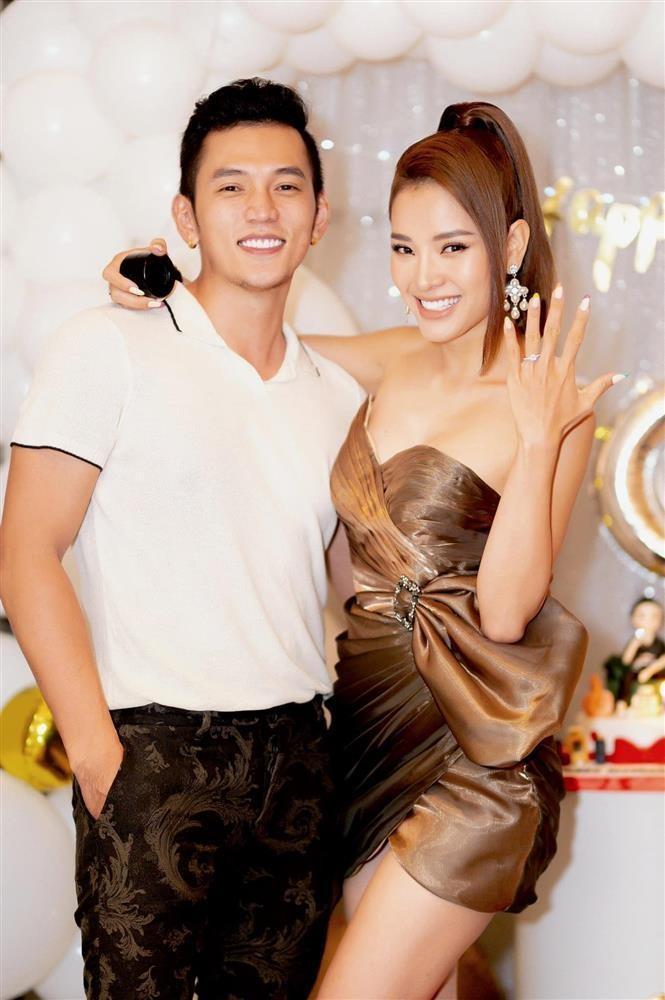 Nha Ly Binh xay cuoi vo bi che, Phuong Trinh Jolie noi gi?-Hinh-4