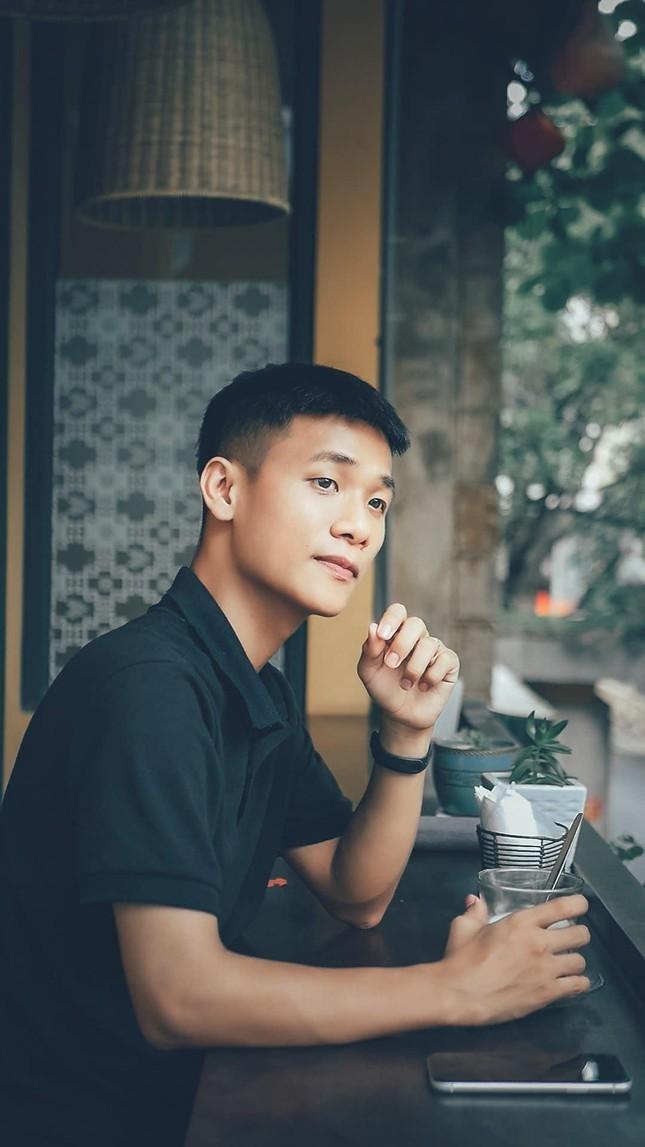 Chang TikToker giup moi nguoi song ao de dang hon