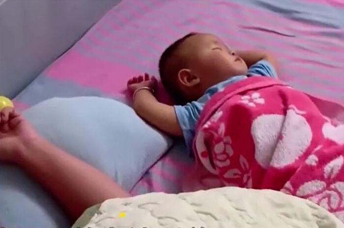 Chong dau don khi phat hien bi mat cua nguoi vo moi sinh con-Hinh-2