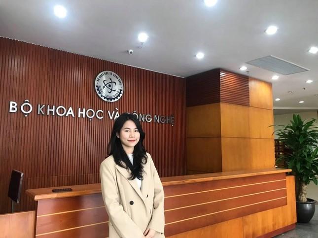 Nu sinh la Dai su Tuyen dung Ngan hang Quan doi tu nam hai-Hinh-2