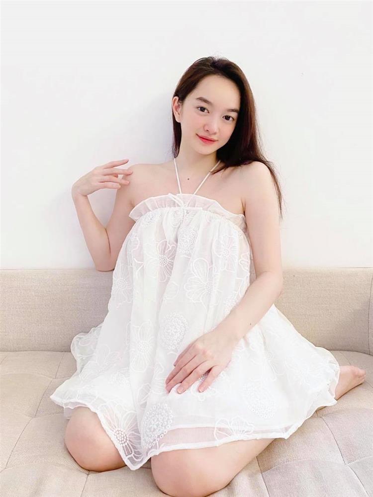 Dien vay lum lum, Kaity Nguyen bi nghi mang bau bi mat-Hinh-3