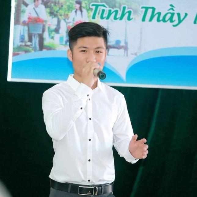 Nam sinh xu Nghe la Dang vien hoc hai truong de phat trien ban than-Hinh-3