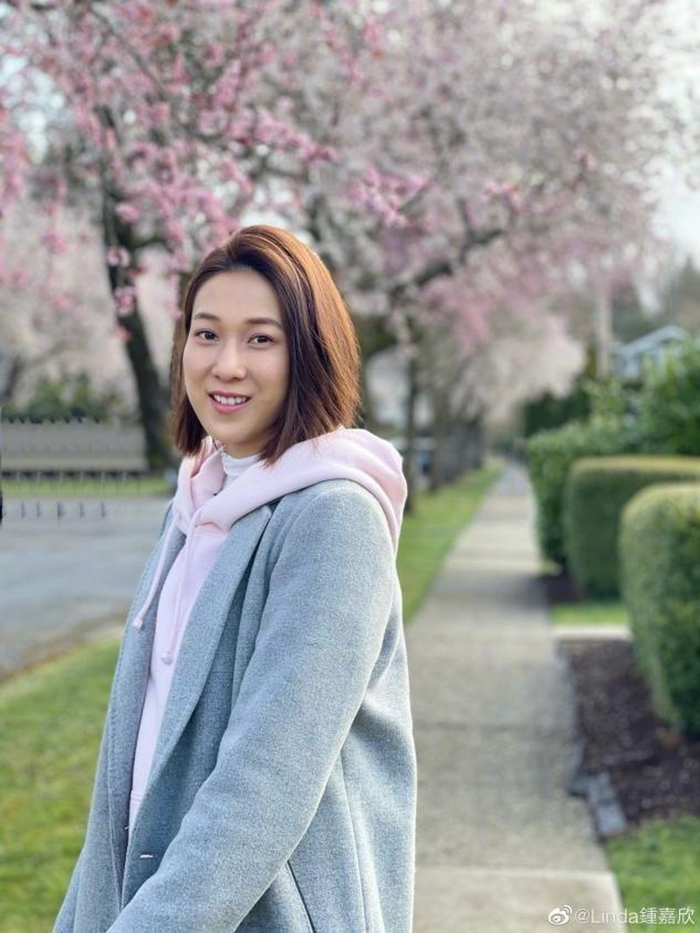 Hoa hau Chung Gia Han song sao sau giai nghe?-Hinh-3