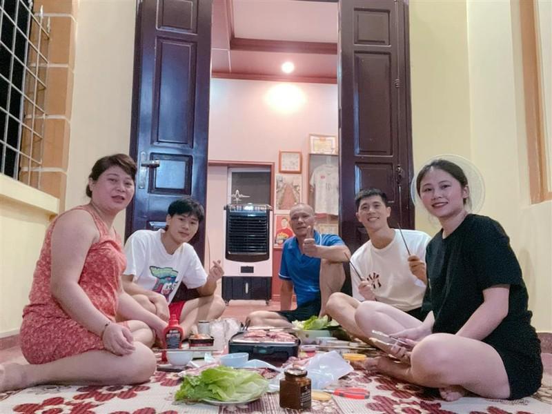 Sau Quang Hai, Dinh Trong khang dinh