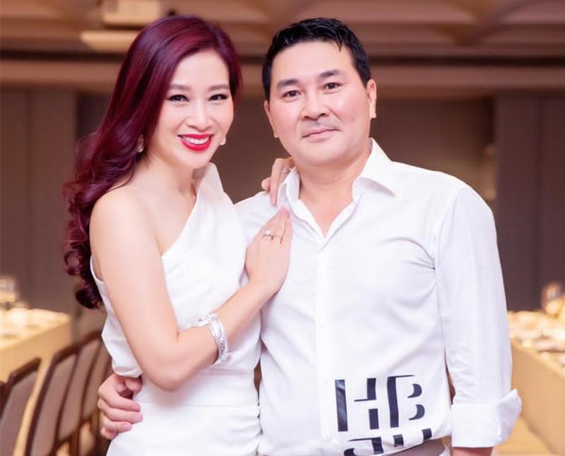 Hoa khoi Thu Huong 21 tuoi lam CEO, lay chong dai gia gio ra sao?-Hinh-7