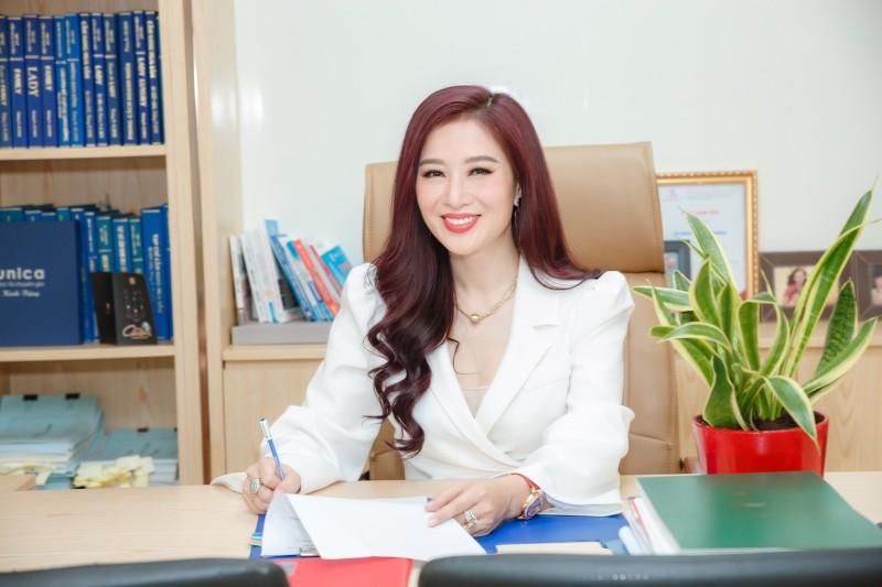 Hoa khoi Thu Huong 21 tuoi lam CEO, lay chong dai gia gio ra sao?