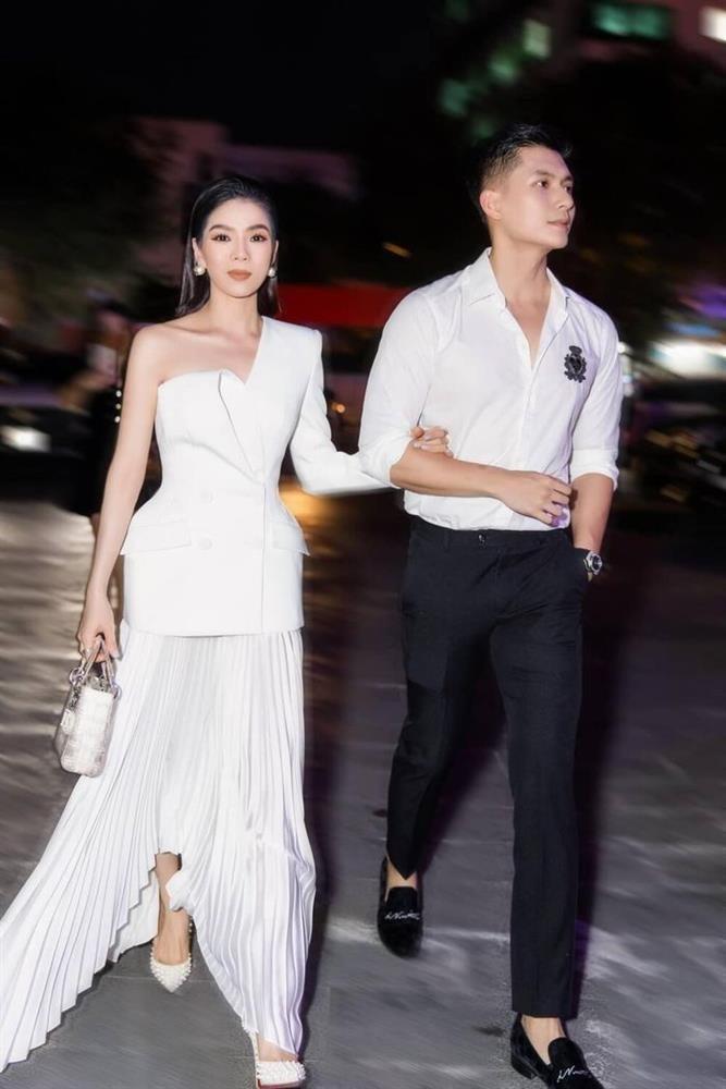 Nam canh Le Quyen, cap gio Lam Bao Chau chiem spotlight-Hinh-3