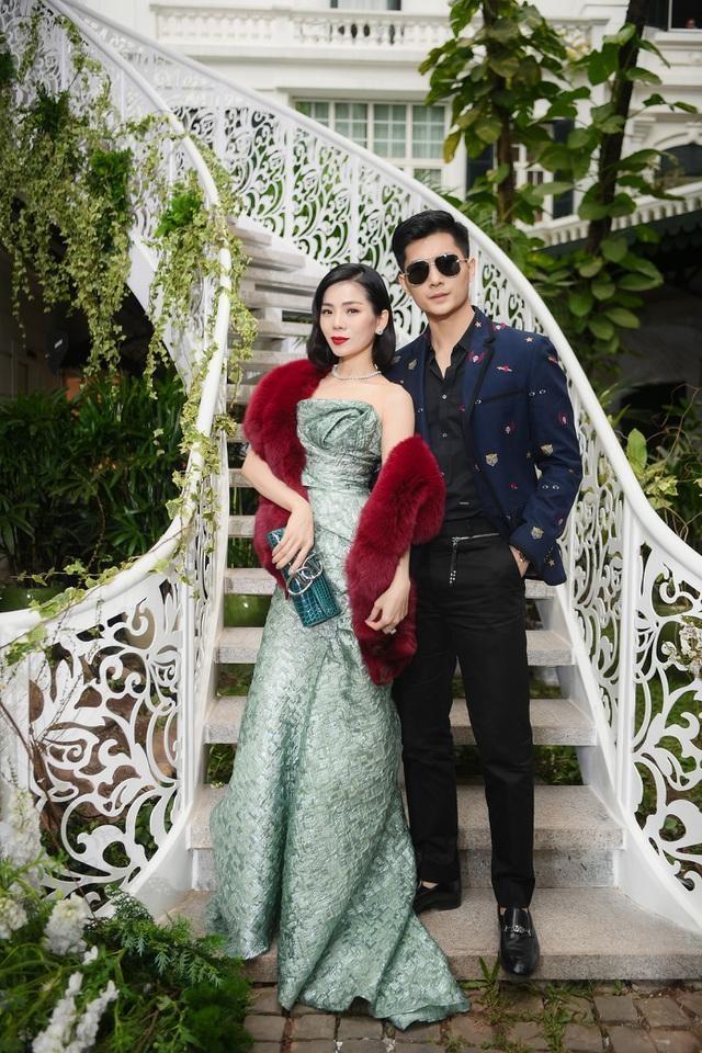 Nam canh Le Quyen, cap gio Lam Bao Chau chiem spotlight-Hinh-5