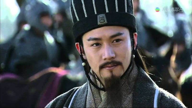 Ly ky chuyen Gia Cat Luong lay banh thay dau nguoi