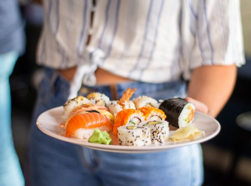 Phan biet 2 loai sushi pho bien nhat-Hinh-11