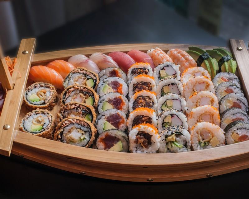 Phan biet 2 loai sushi pho bien nhat-Hinh-2