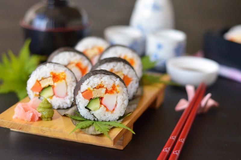 Phan biet 2 loai sushi pho bien nhat-Hinh-7