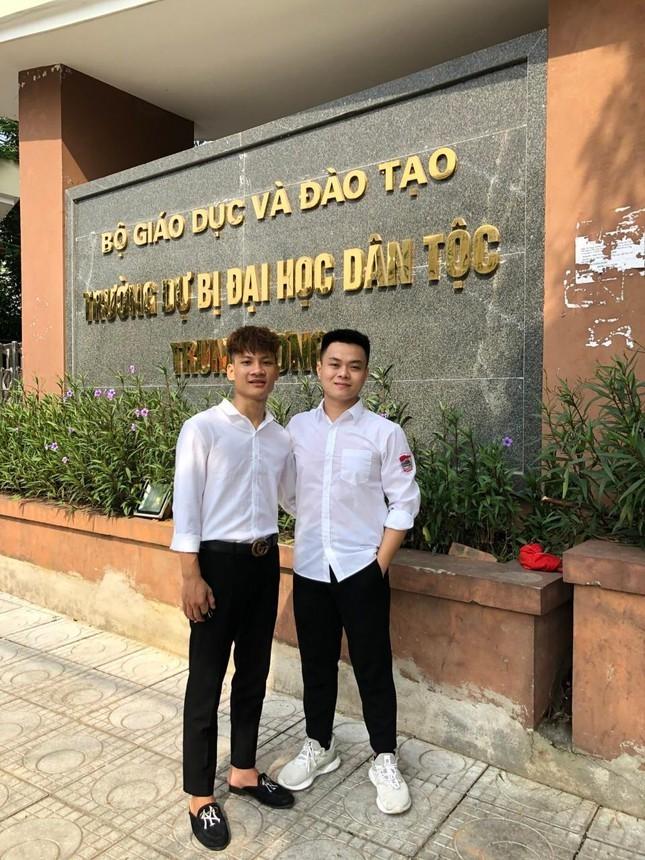 Thu khoa khoi C00, Truong Si quan Chinh tri: Hai lan truot so tuyen-Hinh-3