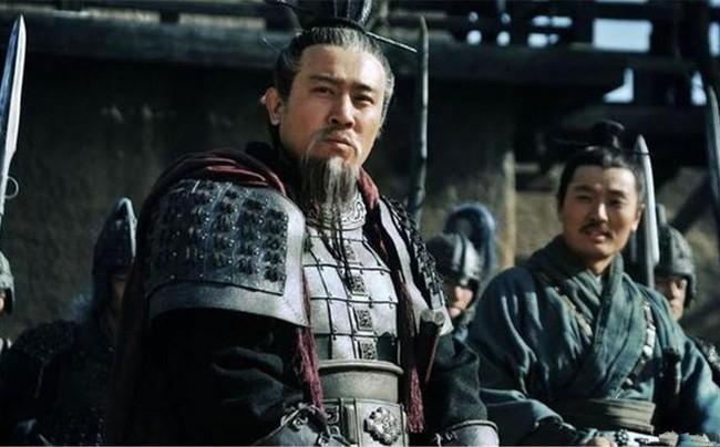 Vi sao Luu Phong lai bi Gia Cat Luong day vao cho chet?