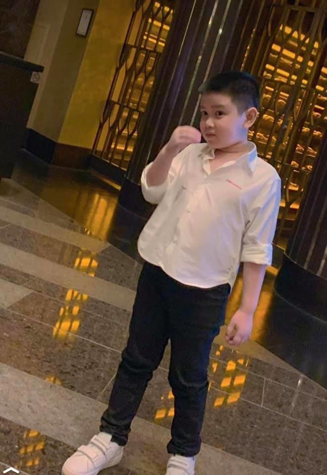 Con trai MC Quynh Chi va chong cu dai gia banh bao tuoi len 9-Hinh-3