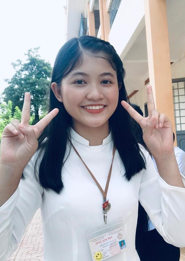 Nu sinh nguoi San Chay tro thanh thu khoa Hoc vien Hang khong Viet Nam