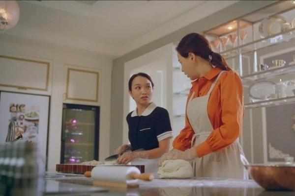 Co gai Viet gay sot khi dong phim cung Hoa hau Honey Lee-Hinh-7