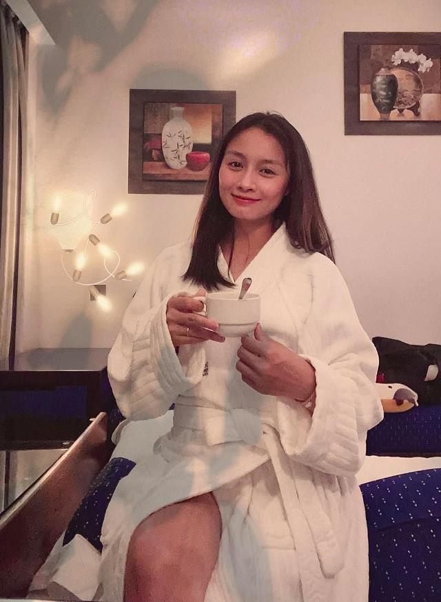 Hoa khoi san co Hoang Thi Loan len huong nhan sac don tim fan-Hinh-2