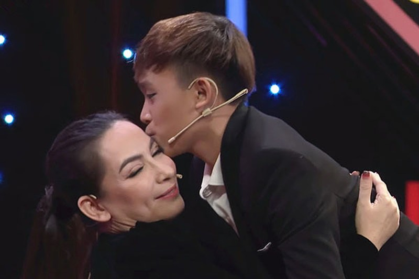 Cat-xe cua Ho Van Cuong: E-kip Phi Nhung can tra ca goc lan lai?-Hinh-4
