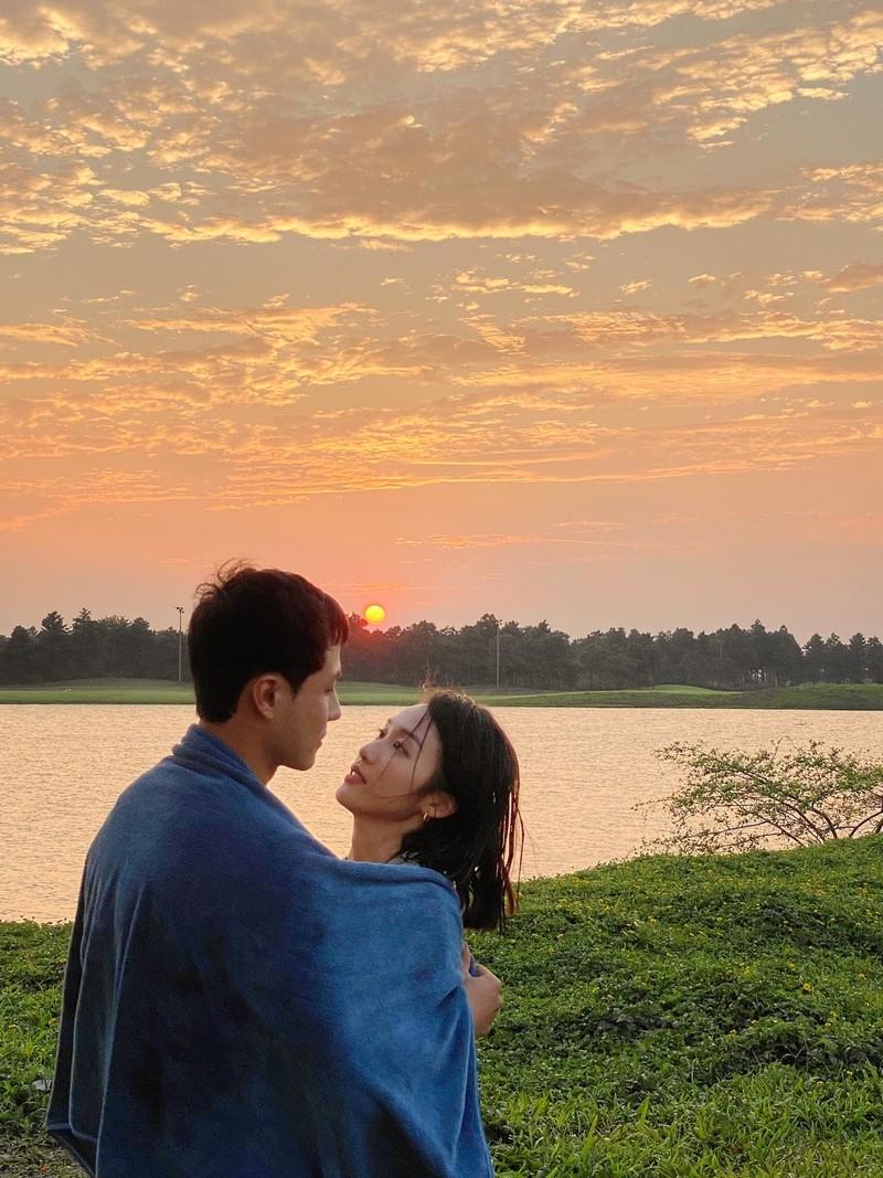 Hau truong khong co tren phim Kha Ngan dut com cho Thanh Son-Hinh-2
