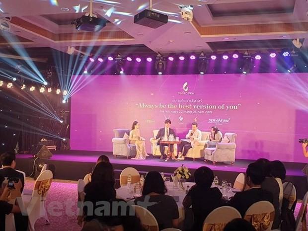 Chuyen gia lam dep noi tieng Han Quoc tu van tham my cho phu nu Viet-Hinh-2