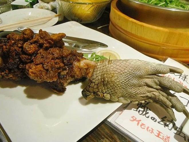 Kinh di mon sup chan ca sau Singapore duoc nguoi ban dia vo cung yeu thich-Hinh-3