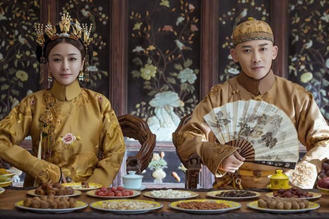 Hoang de nha Thanh moi nam ton 15.000 luong bac cho chuyen an uong?