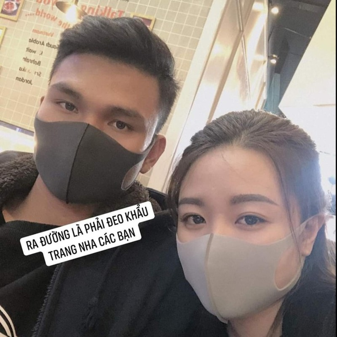 Ban gai Van Hau, Van Toan deo khau trang, lo lang vi dich corona-Hinh-2