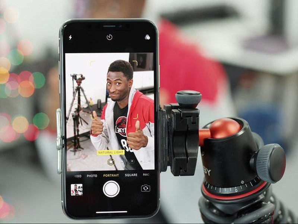 Vlogger 10 trieu sub noi tieng tiet lo bi kip thanh sao tren YouTube-Hinh-2