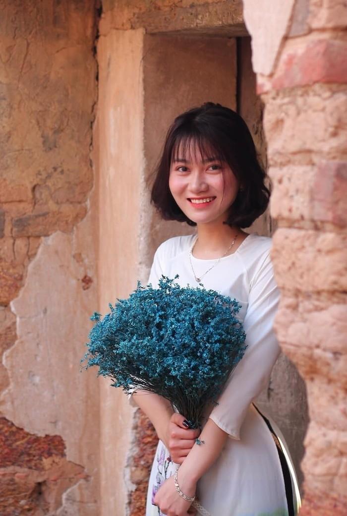 Hanh trinh lot xac cua nu sinh Phuong Thao va y tuong kinh doanh tao bao